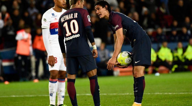 Dispute Neymar e Cavani PSG vs Lyon