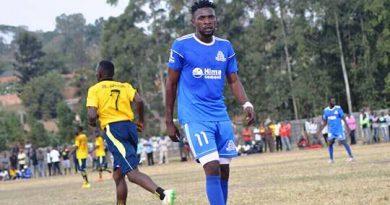 Clovis Moussa en match de Championnat en Ouganda