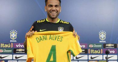 Daniel Alves joueur du Brésil