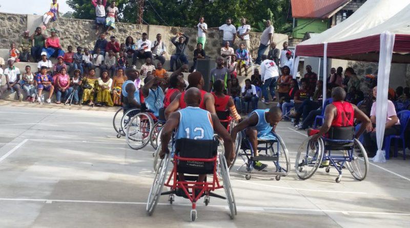 Basket sur fauteuil : un bijou remis aux handicapés de Goma, un stadium inauguré pour l'émergence de t balle au panier